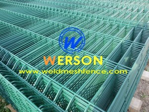 welded mesh fencing06